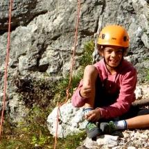 escalade en falaise enfants ados champfromier pays de gex geneve lausanne nyon grimptout-12